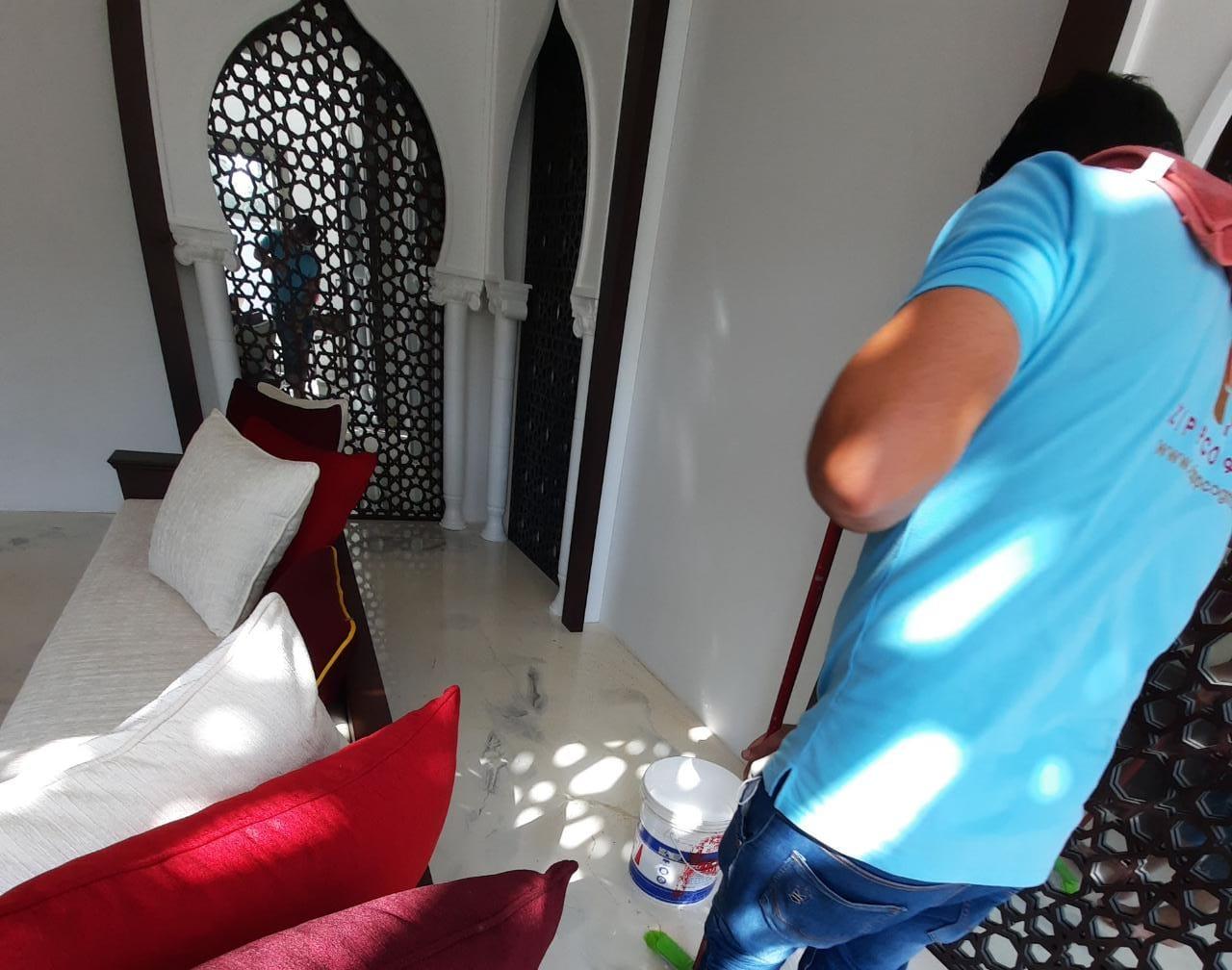 zippcogm floor cleaning