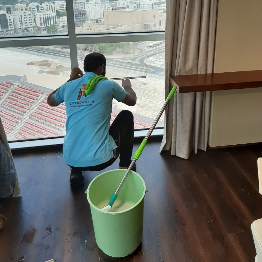 window cleaning interior